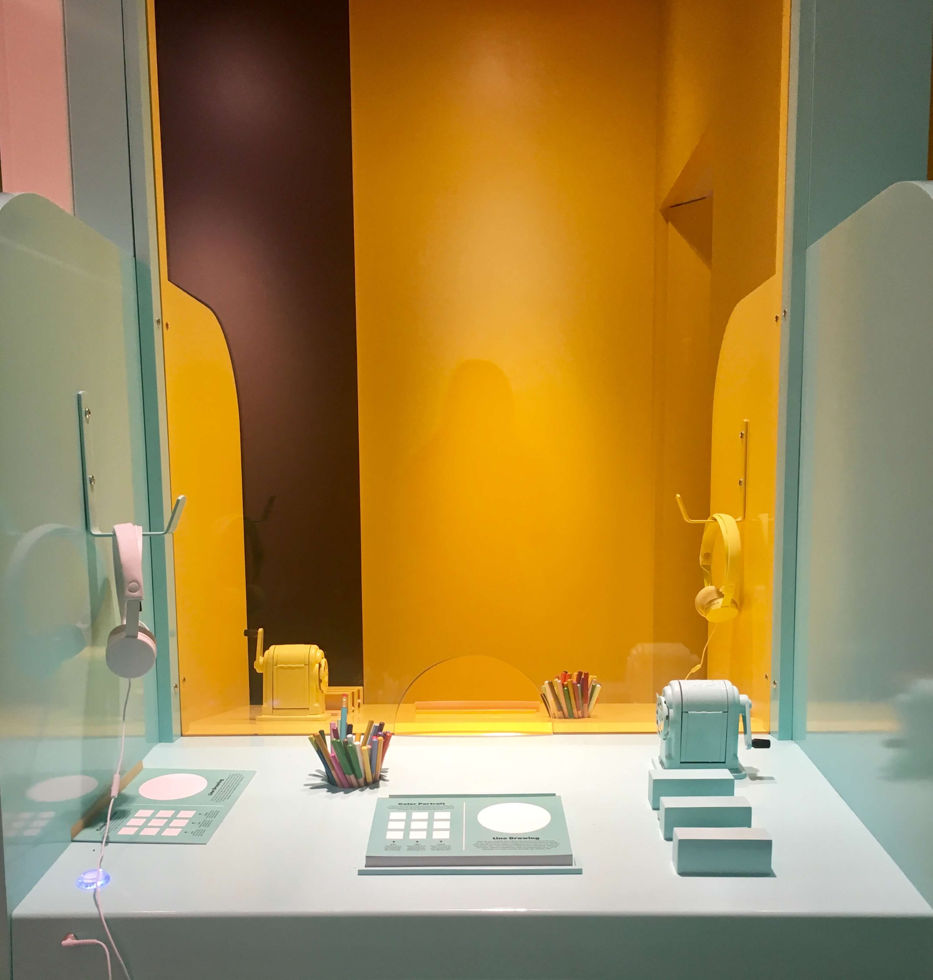 color factory booth